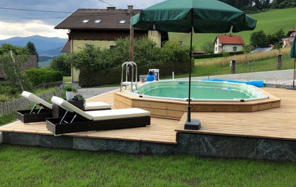 Terrassenböden Schwimmbadumrandungen